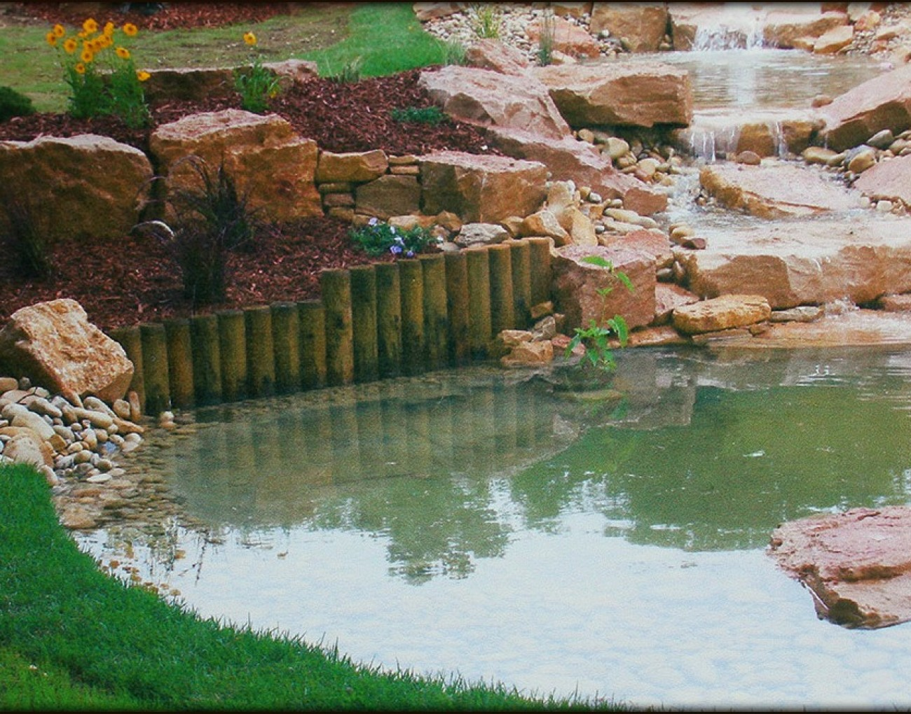 Bassin cascade archives garnier yves et anthony for Bassin cascade jardin
